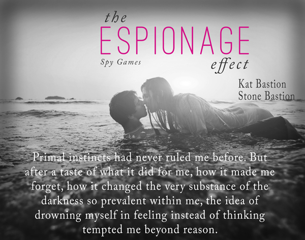 Teaser Pic The Espionage Effect - Kiss in Surf