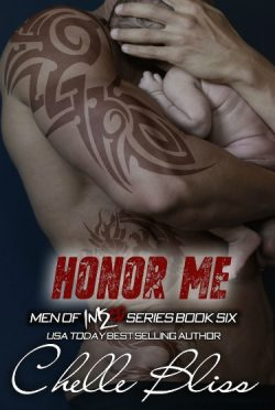 Review: Honor Me (Men of Inked #6) by Chelle Bliss